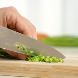 kichen-knife-cutting-lg